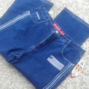 womens jeans  24 NWT